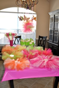 Tutus, wands, and gnome hats for all the kids!